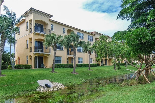 Condo/Coop - Jensen Beach, FL (photo 3)