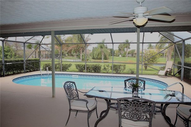Single Family Detached - Jensen Beach, FL (photo 5)