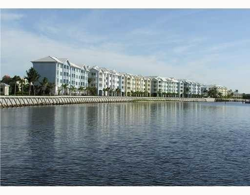 Condo/Coop - Stuart, FL (photo 1)