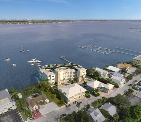 Condo/Coop - Stuart, FL (photo 5)