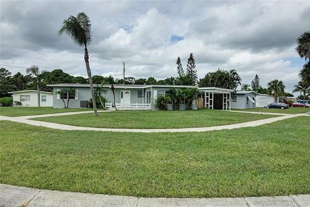 Single Family Detached - Port Saint Lucie, FL