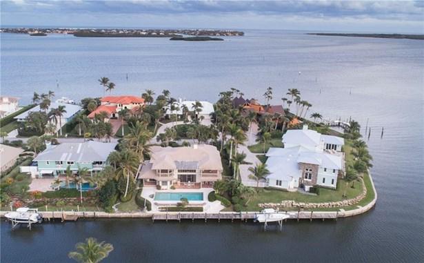 Single Family Detached - Stuart, FL (photo 1)