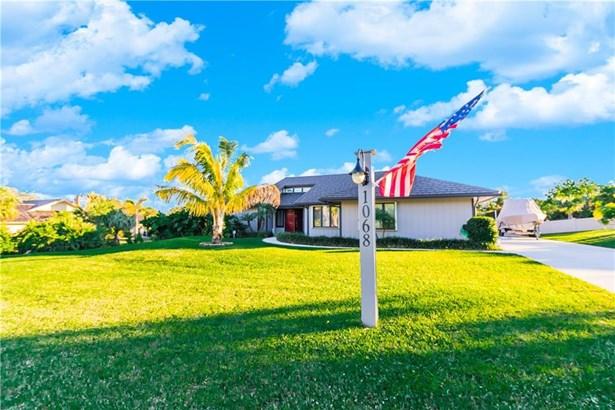 Single Family Detached - Jensen Beach, FL (photo 1)