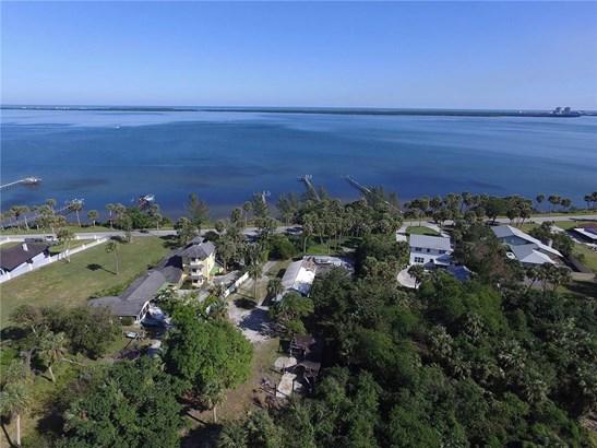 Single Family Detached - Fort Pierce, FL (photo 1)
