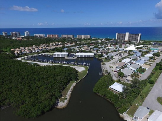 Villa - Jensen Beach, FL (photo 1)