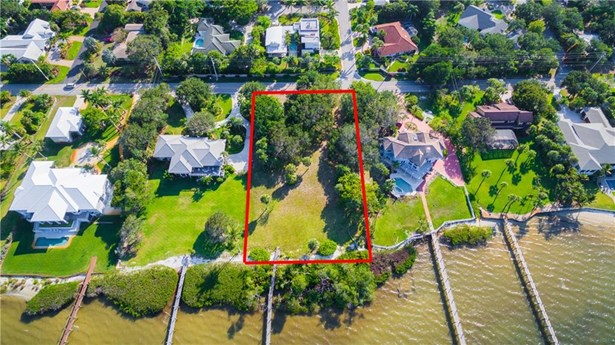 Single Family Detached, Single Family - Sewalls Point, FL (photo 4)