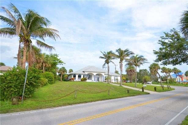 Single Family Detached - Fort Pierce, FL (photo 4)