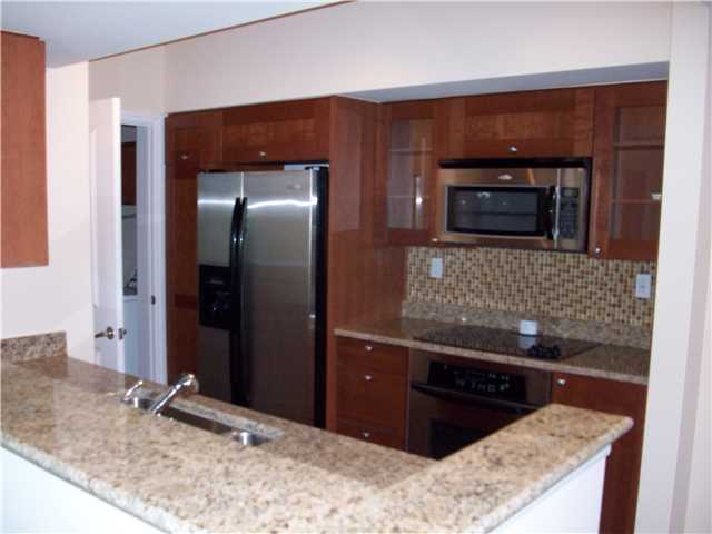 Condo/Coop - Stuart, FL (photo 3)