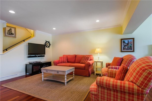 Condo/Coop - Stuart, FL (photo 5)