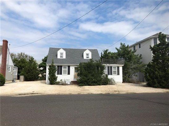 2 Story,Cape Cod, Single Family - Long Beach Twp, NJ