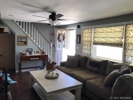 2 Story, Single Family - Stafford Twp, NJ (photo 2)