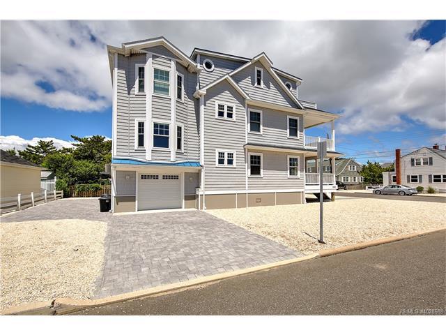 Contemporary,Reversed Living, Single Family - Long Beach Twp, NJ (photo 3)