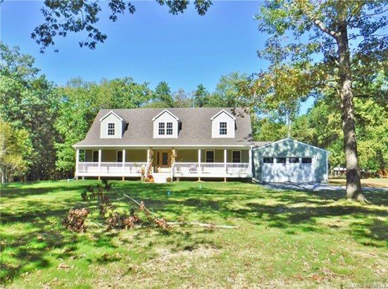 Cape Cod, Single Family - Tuckerton, NJ (photo 2)