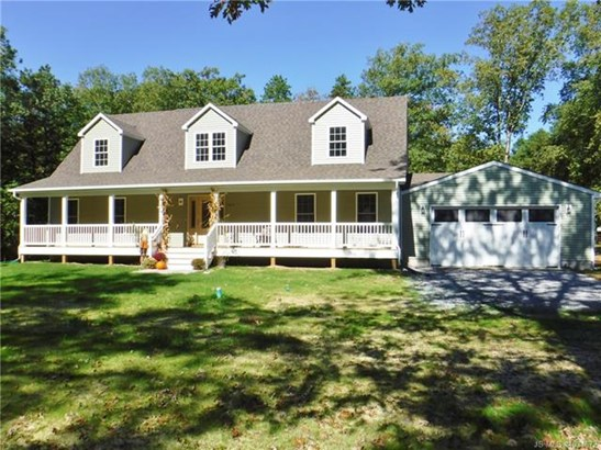 Cape Cod, Single Family - Tuckerton, NJ (photo 3)