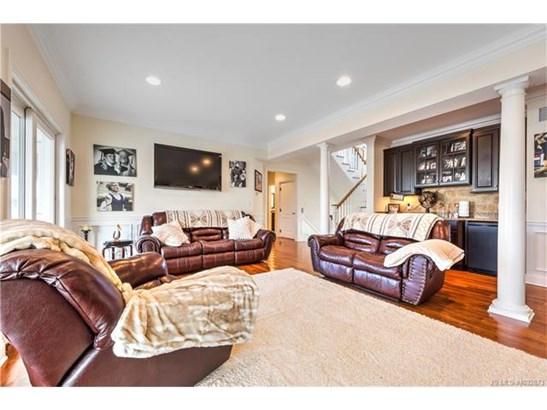 Contemporary,Reversed Living, Single Family - Stafford Twp, NJ (photo 4)