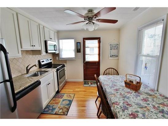 1 Story,Bungalow,Ranch, Single Family - Long Beach Twp, NJ (photo 2)