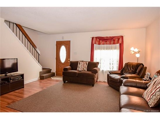 2 Story,Cape Cod, Single Family - Stafford Twp, NJ (photo 5)