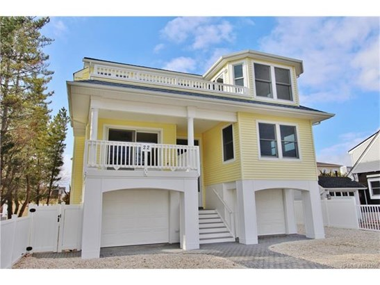 3+ Story,Contemporary,Reversed Living, Single Family - Long Beach Twp, NJ (photo 1)