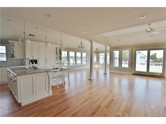 3+ Story,Contemporary,Reversed Living, Single Family - Long Beach Twp, NJ (photo 3)
