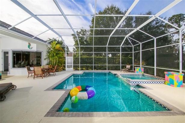 10001 Cherry Hills Avenue Circle, Lakewood Ranch, FL - USA (photo 5)