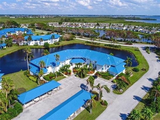 909 Sandpiper Circle 909, Bradenton, FL - USA (photo 1)