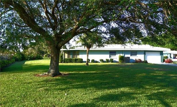 3631 Collins Street 1225, Sarasota, FL - USA (photo 2)