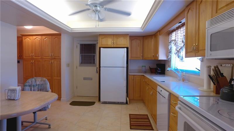 3631 Collins Street 1225, Sarasota, FL - USA (photo 3)