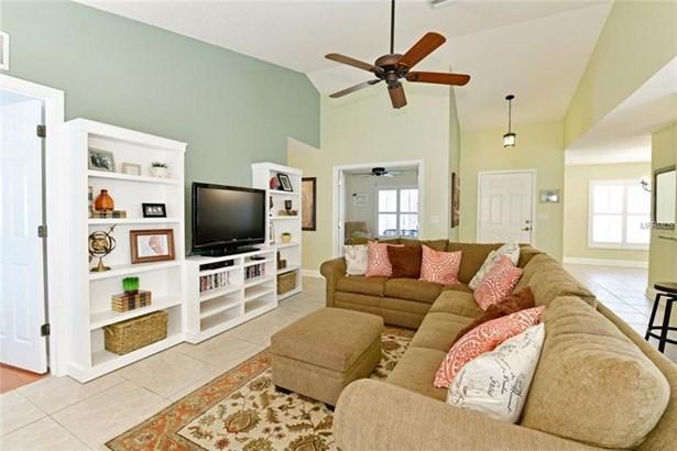 4014 Banbury Circle, Parrish, FL - USA (photo 2)