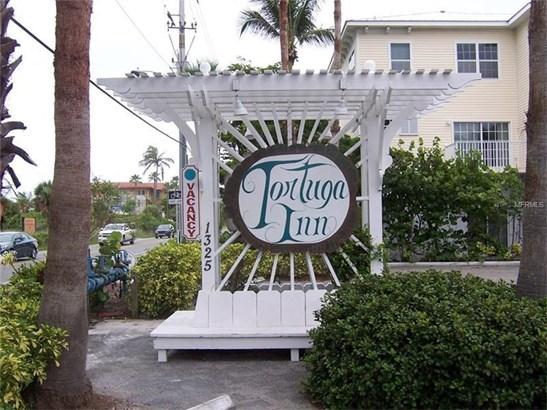 1325 Gulf Drive N 219, Bradenton Beach, FL - USA (photo 4)