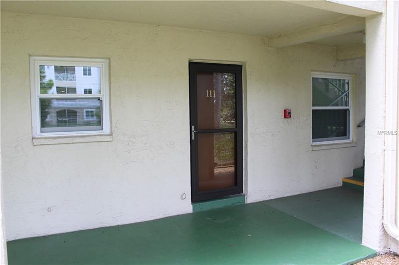 3056 Lake Bayshore Drive 111, Bradenton, FL - USA (photo 2)