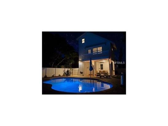 2302 Avenue B, Bradenton Beach, FL - USA (photo 3)