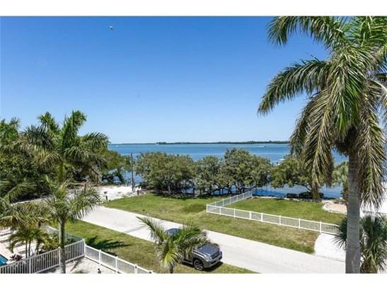 2214 Avenue A, Bradenton Beach, FL - USA (photo 4)