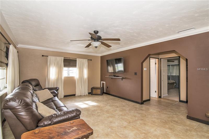 2711 27th Avenue Drive W, Bradenton, FL - USA (photo 4)