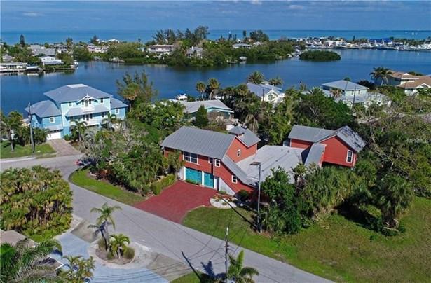 8324 Marina Drive, Holmes Beach, FL - USA (photo 1)