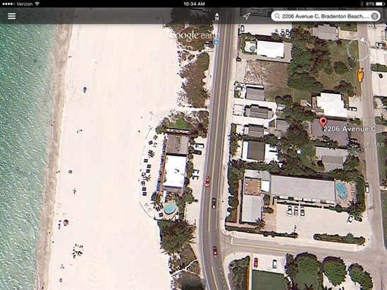 2206 Avenue C, Bradenton Beach, FL - USA (photo 2)