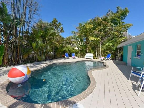 2206 Avenue C, Bradenton Beach, FL - USA (photo 3)