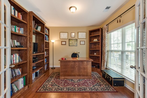 611 Pleasant Pine Court, Matthews, NC - USA (photo 5)