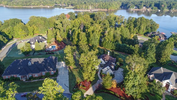 303 Forest Bay Court, Belmont, NC - USA (photo 2)
