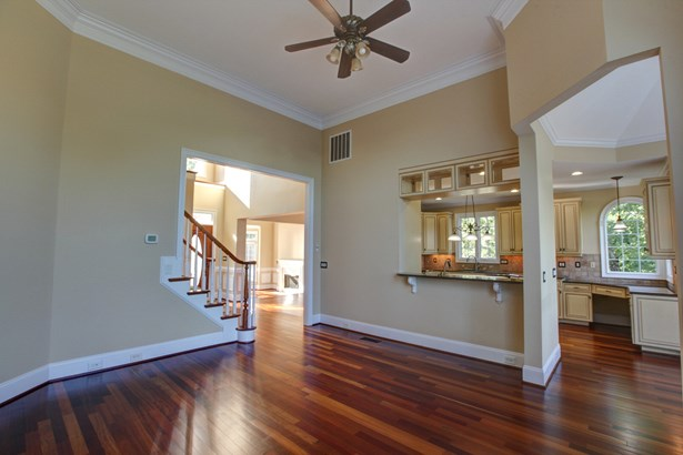 303 Forest Bay Court, Belmont, NC - USA (photo 5)