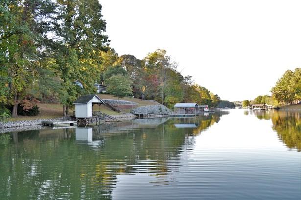 3631 Chevlot Hills Road, Sherrills Ford, NC - USA (photo 4)