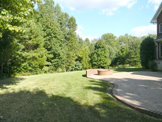 613 Maple Valley Court, Matthews, NC - USA (photo 2)