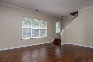 450 W Worthington Avenue, Charlotte, NC - USA (photo 3)