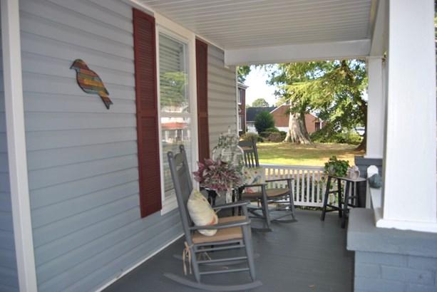 203 W Main Street, Cherryville, NC - USA (photo 2)