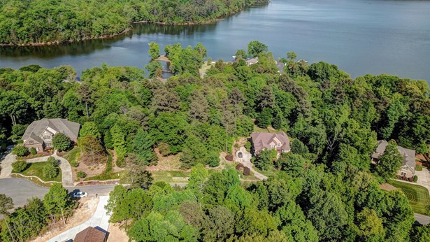 374 Stone Cliff Lane, Lake Wylie, SC - USA (photo 3)