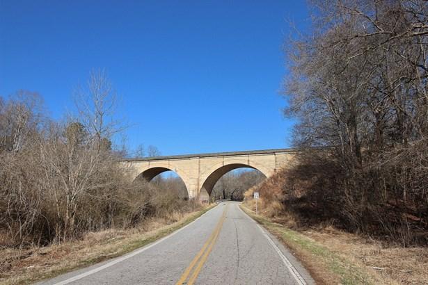 8.49 Acres River Drive, Gaffney, SC - USA (photo 4)