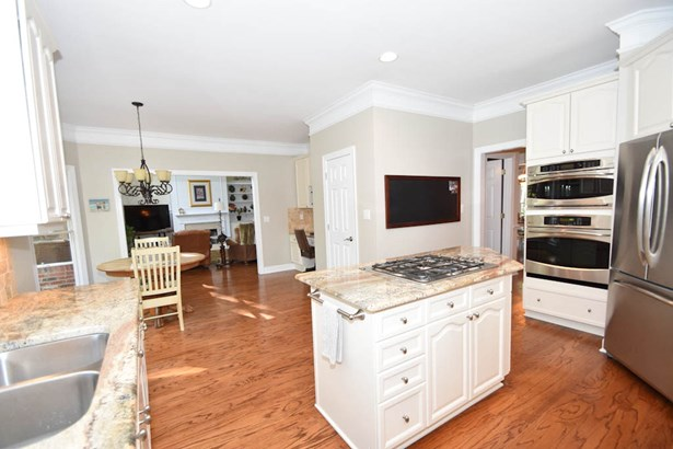 10930 Deerberry Court, Matthews, NC - USA (photo 3)