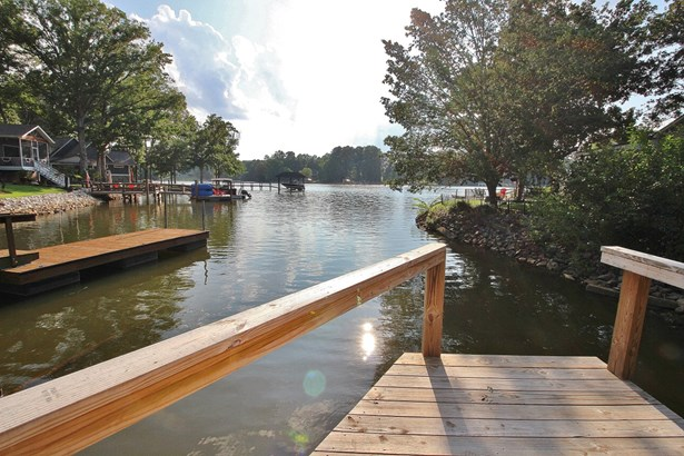 5587 Riverfront Road, Lake Wylie, SC - USA (photo 2)