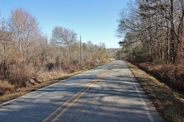 8.49 Acres River Drive, Gaffney, SC - USA (photo 1)