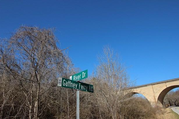 8.49 Acres River Drive, Gaffney, SC - USA (photo 5)