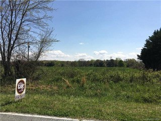 510 Weaver Dairy Road, Bessemer City, NC - USA (photo 1)